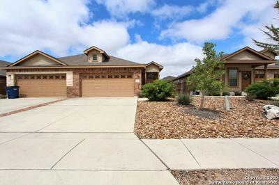 565 CREEKSIDE CIR, New Braunfels, TX 78130 - Photo 1