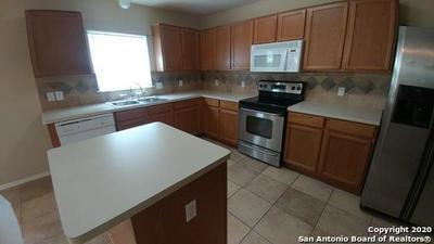 10331 GOLDCREST ML, San Antonio, TX 78239 - Photo 2
