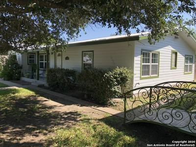 1608 OWENS AVE, Three Rivers, TX 78071 - Photo 1