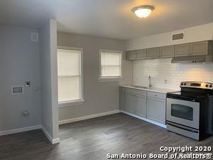 905 DONALDSON AVE, San Antonio, TX 78228 - Photo 1