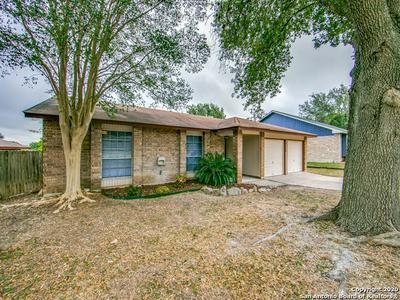 12126 WOODSRIM ST, Live Oak, TX 78233 - Photo 2