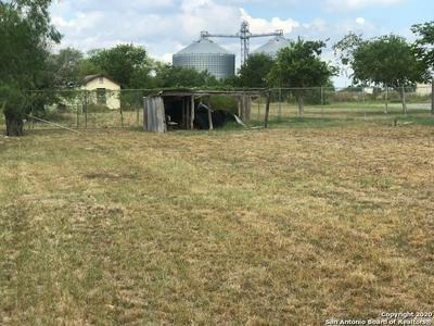 401 DRISCOLL ST, Woodsboro, TX 78393 - Photo 1