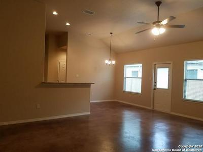 187 JOANNE CV, New Braunfels, TX 78130 - Photo 2