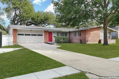 315 REDCLIFF DR, San Antonio, TX 78216 - Photo 2