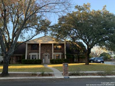 9227 GEORGE KYLE ST, San Antonio, TX 78240 - Photo 2