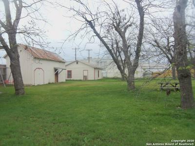 706 20TH ST, HONDO, TX 78861 - Photo 1