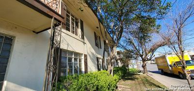 102 CLUB DR APT 4, San Antonio, TX 78201 - Photo 2