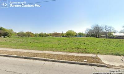 1502 S WALTERS, San Antonio, TX 78210 - Photo 2