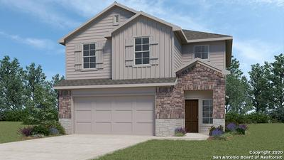 313 MIDDLE GREEN LOOP, Floresville, TX 78114 - Photo 2
