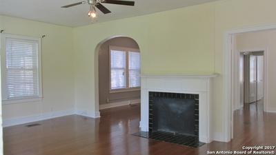 311 E ROSEWOOD AVE APT 102, San Antonio, TX 78212 - Photo 2