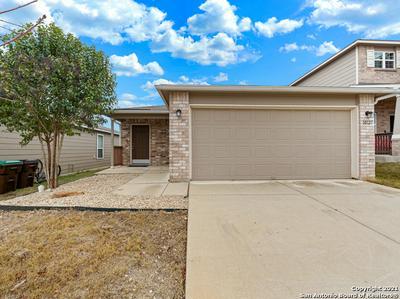 10127 CASTELLO CYN, San Antonio, TX 78254 - Photo 2