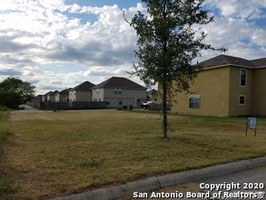 10403 HUNTERS POND, San Antonio, TX 78224 - Photo 2