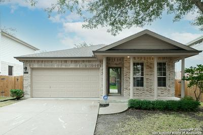 556 FOXFORD RUN DR, Schertz, TX 78108 - Photo 2