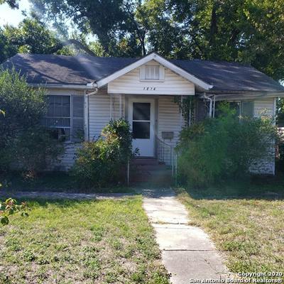 1614 W HILDEBRAND AVE, San Antonio, TX 78201 - Photo 1