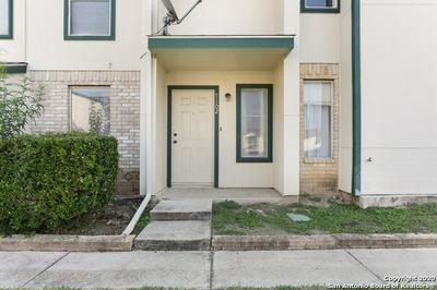 4949 HAMILTON WOLFE RD APT 7102, San Antonio, TX 78229 - Photo 1