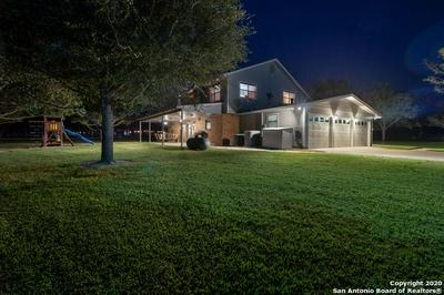 2042 BENTWOOD DR, Floresville, TX 78114 - Photo 2