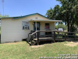 125 E KINSEL ST, Dilley, TX 78017 - Photo 2