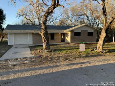 107 SHADY ST, Kenedy, TX 78119 - Photo 1