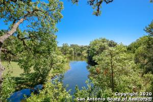 776 MOUNTAIN VIEW LN, Pipe Creek, TX 78063 - Photo 2