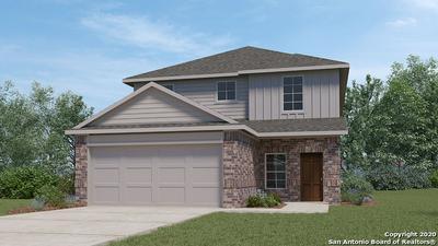 101 HOGANS ALY, Floresville, TX 78114 - Photo 1