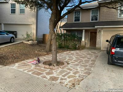 5234 TOMAS CIR, San Antonio, TX 78240 - Photo 2