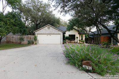 272 VICTORIA PT, Schertz, TX 78154 - Photo 2