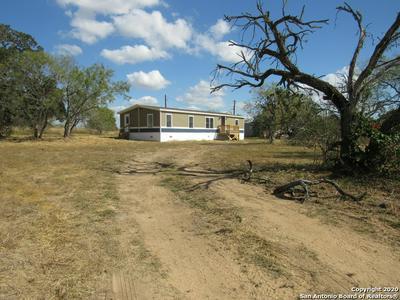 95 HIDDEN MEADOWS CIR, Poteet, TX 78065 - Photo 2