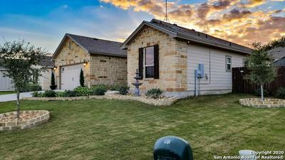 317 IRON GATE, Pleasanton, TX 78064 - Photo 2