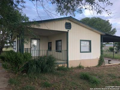290 JULIA AVE, Charlotte, TX 78011 - Photo 1