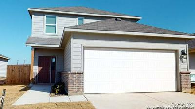 7523 HOMEWOOD LN, Elmendorf, TX 78112 - Photo 1