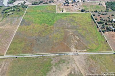 000 CR 117, Floresville, TX 78114 - Photo 2