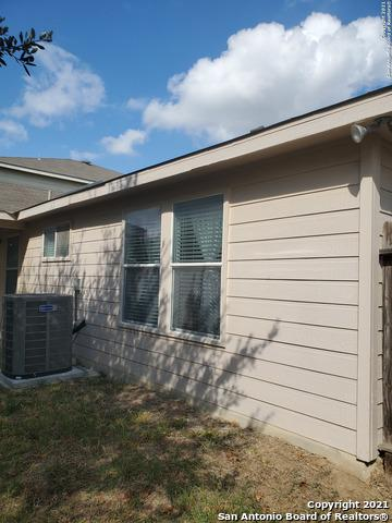 11827 RANCHWELL CV, San Antonio, TX 78249 - Photo 2