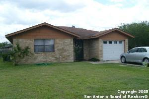 214 MEADOW DR, Marion, TX 78124 - Photo 1