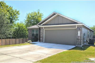 2950 MEADOW RDG, New Braunfels, TX 78130 - Photo 2