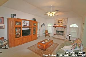 117 COUNTRY LN, Castroville, TX 78009 - Photo 2