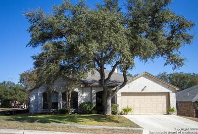 11310 FOREST GLEAM, Live Oak, TX 78233 - Photo 1