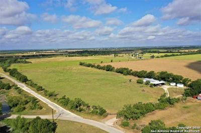 330 COUNTY ROAD 4517, Hondo, TX 78861 - Photo 1