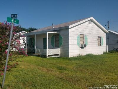 311 W DALLAS AVE, Seadrift, TX 77983 - Photo 1