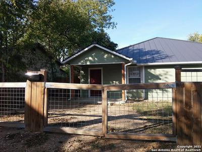 1119 W MYRTLE ST # A, San Antonio, TX 78201 - Photo 2