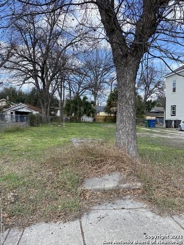 133 HICKMAN, San Antonio, TX 78212 - Photo 1