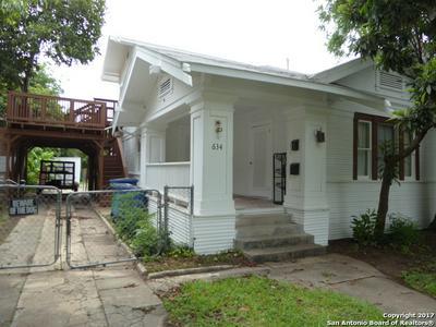 634 W MISTLETOE AVE # 2, San Antonio, TX 78212 - Photo 2