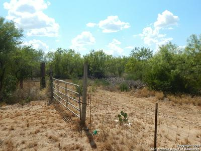 000 JACKSON ST, Cotulla, TX 78014 - Photo 1