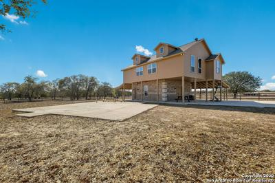 326 SANDY OAKS DR, Seguin, TX 78155 - Photo 2