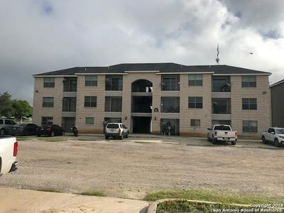 112 LONE OAK DR APT 203C, Floresville, TX 78114 - Photo 2