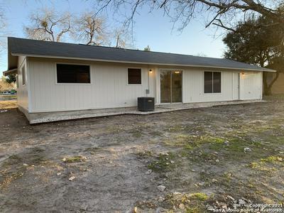 107 SHADY ST, Kenedy, TX 78119 - Photo 2