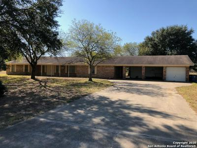 2100 YOSEMITE ST, Pleasanton, TX 78064 - Photo 1