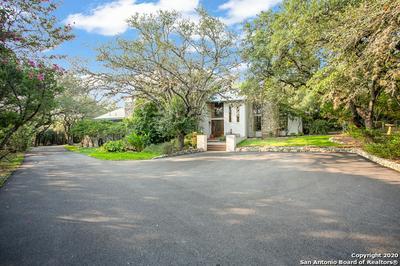 8733 CROSS MOUNTAIN TRL, San Antonio, TX 78255 - Photo 2