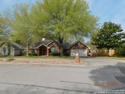 607 SUMMERWOOD DR, NEW BRAUNFELS, TX 78130 - Photo 1