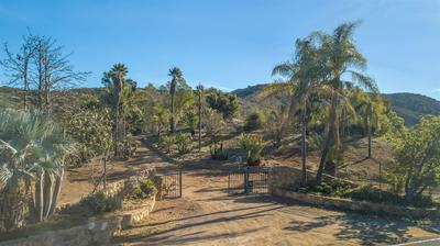 14832 HIGHLAND VALLEY RD # 1, Escondido, CA 92025 - Photo 2
