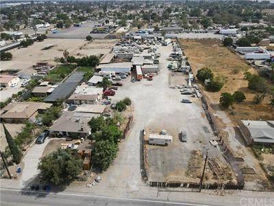 10803 LAUREL AVE, Bloomington, CA 92316 - Photo 2